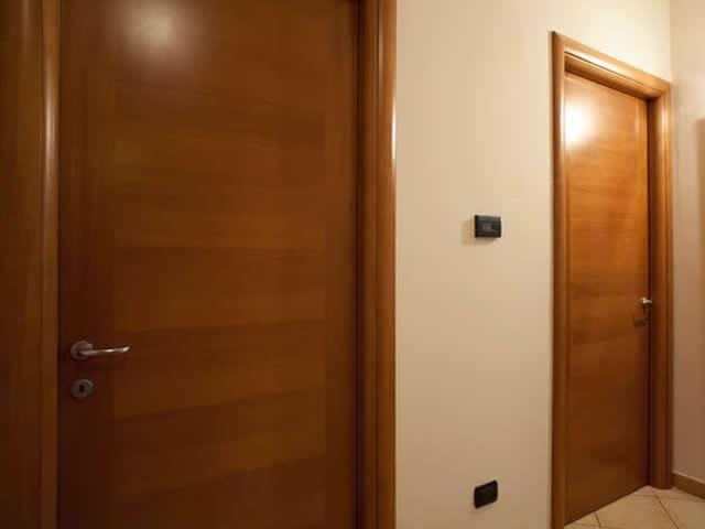Artigiana infissi s r l porta interna tamburata - Porta tamburata legno ...